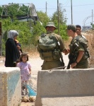 mother-and-kids-at-israeli-checkpoint - Copy (2)